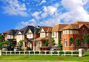 houses-canstockphoto0596862_w300xh200-300x200-landscape